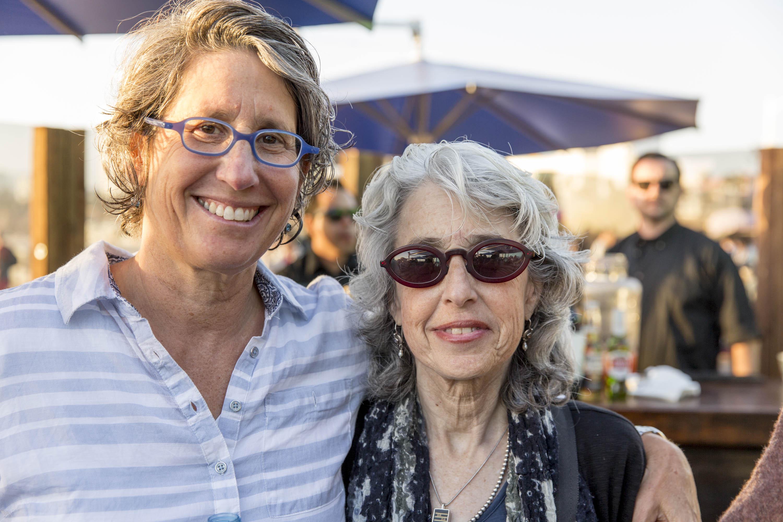 Robin Berkovitz, Linda Preuss